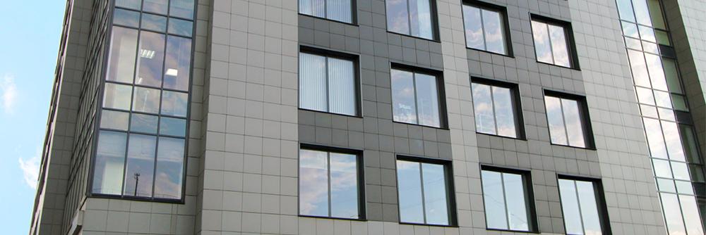 Вентилируемый фасад с облицовкой из керамогранита