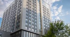 Монтаж вентилируемого фасада из керамогранита, БЦ на Нагатинской