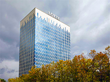 БЦ Lotte на Профсоюзной: Монтаж вентилируемого фасада и стеклопакетов